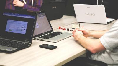 A VOSZ együttmuködik a munkavállalók digitális kompetenciájának fejlesztésében