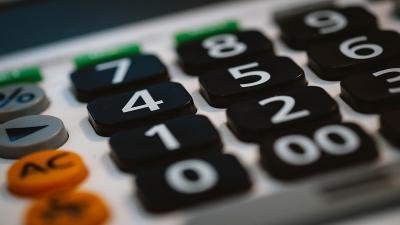 Izer Norbert: a legkedvezobb adófajta kiválasztásában segít a PM kiva-kalkulátora